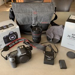 Canon 5D Mark IV Camera Original